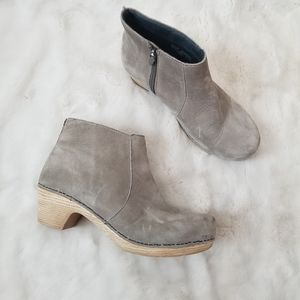 Dansko Maria Nubuck Leather Ankle Boot 39